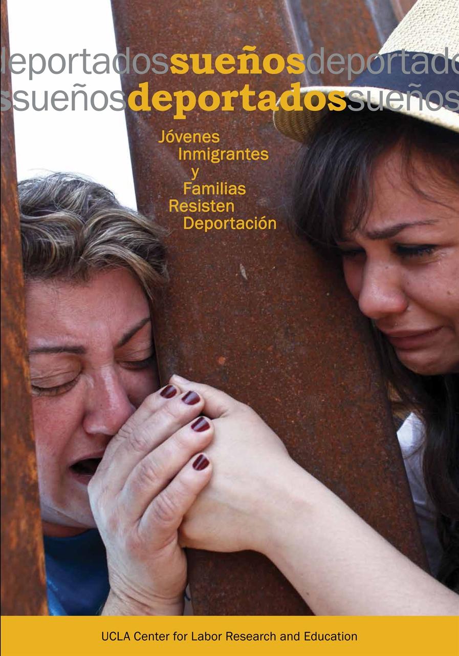 Picture of Sueños Deportados: Jóvenes Inmigrantes y Familias Resisten Deportación